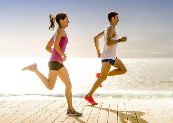 Tác dụng chạy bộ buổi chiểu đối với sức khỏe con người 1