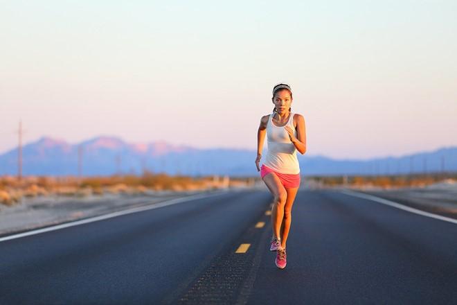 Tác dụng chạy bộ buổi chiểu đối với sức khỏe con người 2