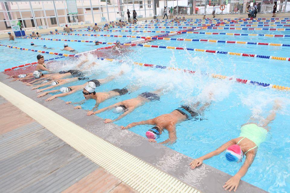 """Nhiều ý kiến cho rằng đưa bơi là môn học bắt buộc là """"chính sách hay nhưng không khả thi"""""""
